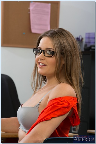 Filthy coed in glasses Ashlynn Leigh stripping and amplifying her legs