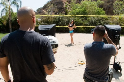 Jelena jensen & siri enjoy their day in the sun posing at the volleyball court!