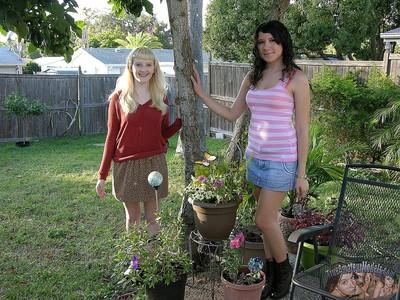 Two amateur teen girlfriends spreading nude - true amateur dolls