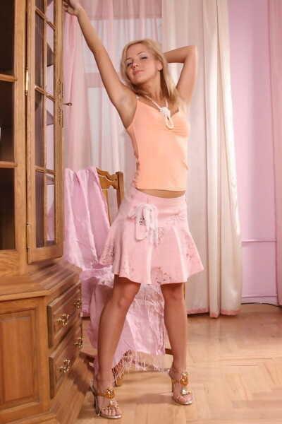 Brazen blonde hotty Sweet Vicky flashes lace panty upskirt & shows nice tits