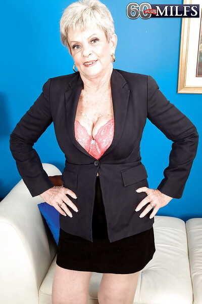 Lusty granny Lin Boyde gives a handjob and attains shagged hardcore