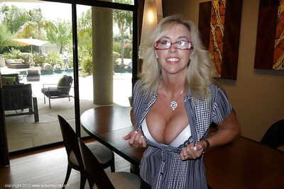 Sexy mature babe in glasses Wifey makes some foot fetish action
