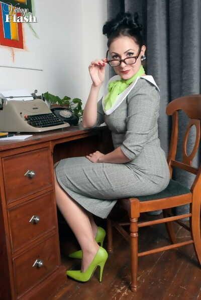 MILF secretary Sophie Delane in glasses striptease to spread naked at her desk