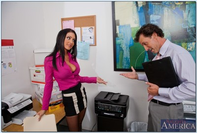 Naughty office MILF Jessica Jaymes strips to nylons and gets drilled