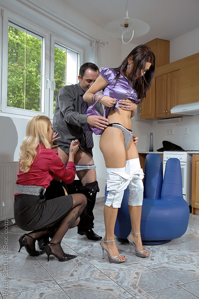 Hot lady Rachel Evans is into extremely covered MMF with her assistants