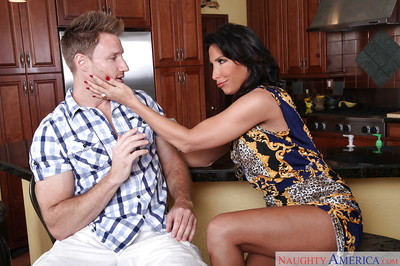 Latina mommy Lezley Zen is licking and sucking this tasty prick