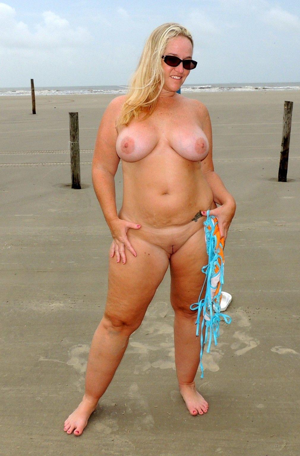 chubby nackt am strand