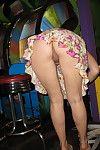 Amateur upskirt panty flashing upskirt photos