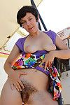 Teen girl shows hairy love-cage