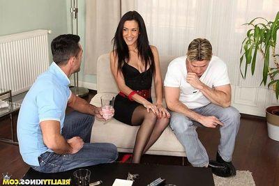 Damp latin hottie Samia Duarte assfucked in anal threesome