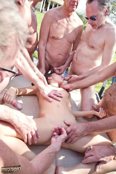 Surrounded by 8 soccer, beer and barbecue focused oldje, the sinless Anita Berlusconi bets all her fresh charms on a perverted gangbang and a real young-old fucking in an incendiary barbecue orgy! Kind to excite older men, this chick lies down on the tabl