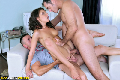 European infant with strong deepthroat skills Henessy is leading orgy