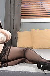 Dom japanese pornstar hitomi tanaka in stocking