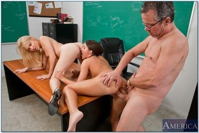 Coed Lizz Tayler together with Tegan Summers have a big order of the day orgy