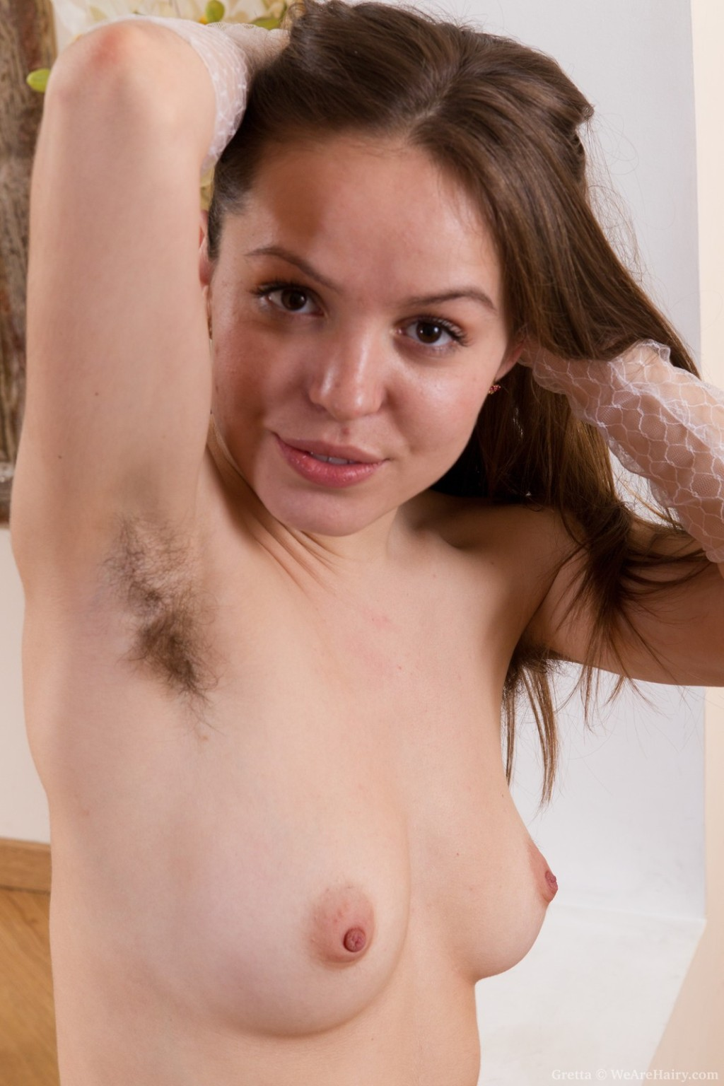 Hairy cutie gretta plays with her nylons