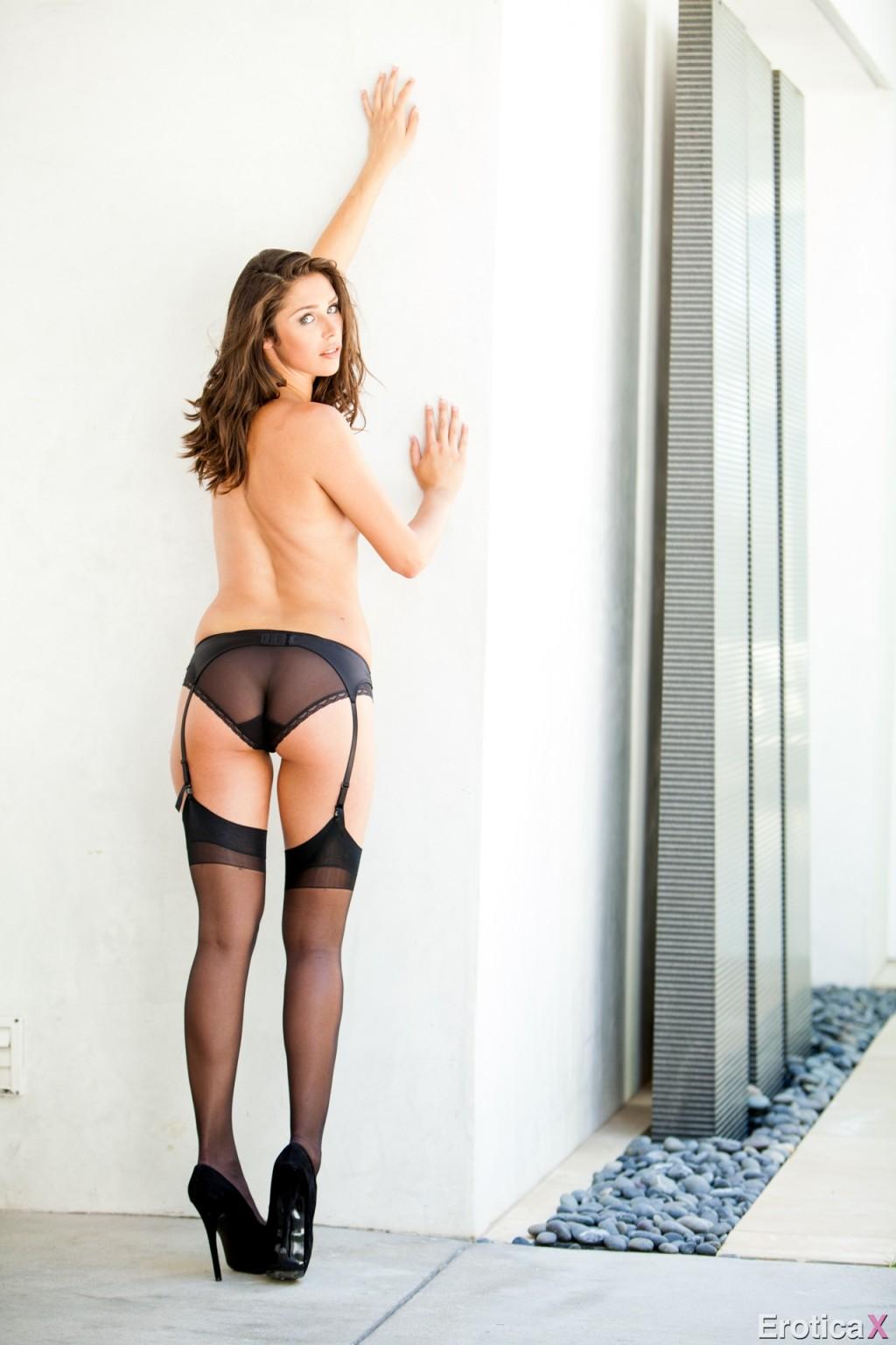 Anna morna posing in tight black lingerie