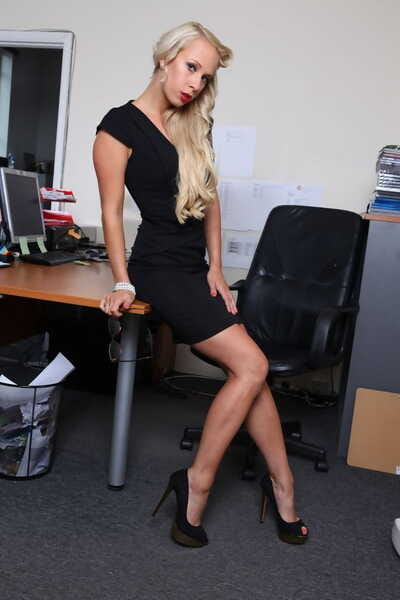 Fairy secretary Carla Cox accepts screwed by 3 dudes on her office desk