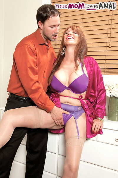 Aged plumper Sheri Fox does massive backdoor act of love wearing flesh colored stockings