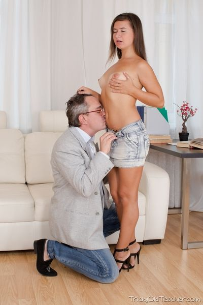 Maia really likes her motor coach and would strive fucked him no matter what. Luckily she gets a to the point meld and she gets to ambiance his big dick inside her wet pussy.