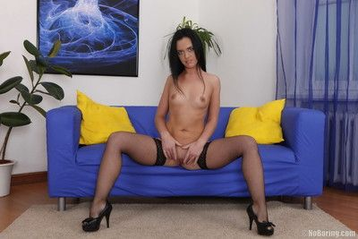 Ill-behaved brunette is frying for anal
