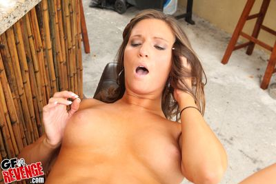 Pretty phase gets her shaved cunt staring connected with cum croak review fratting
